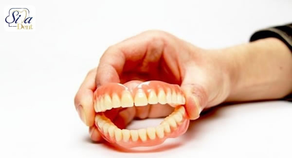 دندان مصنوعی بهتر است یا امپلنت